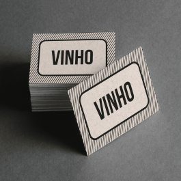 Ficha de Vinho Cartolina 6x4cm Preto e Branco  Corte Reto e Cola Lateral